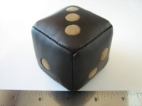 Dice : d6 2inch Coach leather