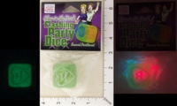 Dice : MINT19 CALIFORNIA EXOTIC NOVELTIES GLOW IN THE DARK FLASHING PARTY DICE 01